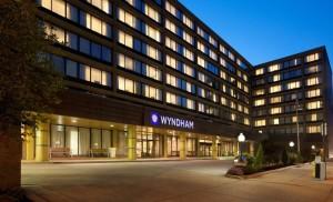 wyndham-philadelphia-historic-district-pennsylvania-exterior-night-view